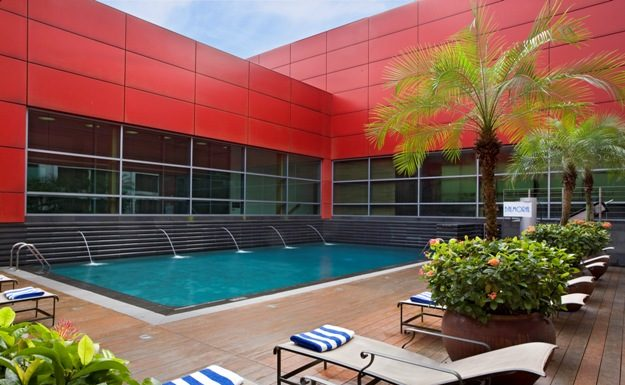 Outdoor pool, Level 5