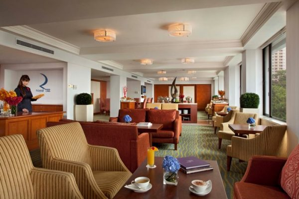 Royal Club Lounge at Level 15 for Club Deluxe room and Suite guests