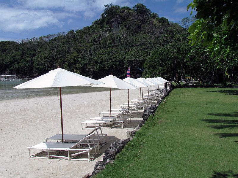 Dakak_Beach_Resort
