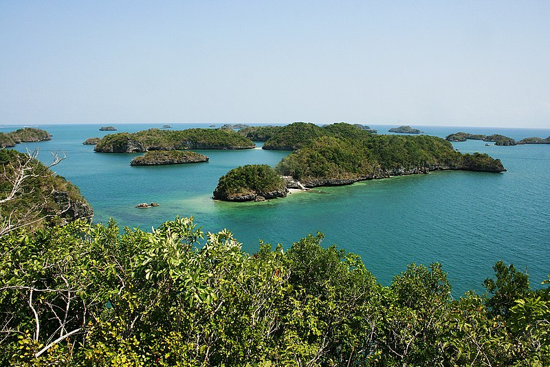 Hundred_Island_National_Park,_Pangasinan